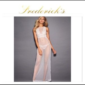 Gorgeous Frederick's of Hollywood gown NWT $68